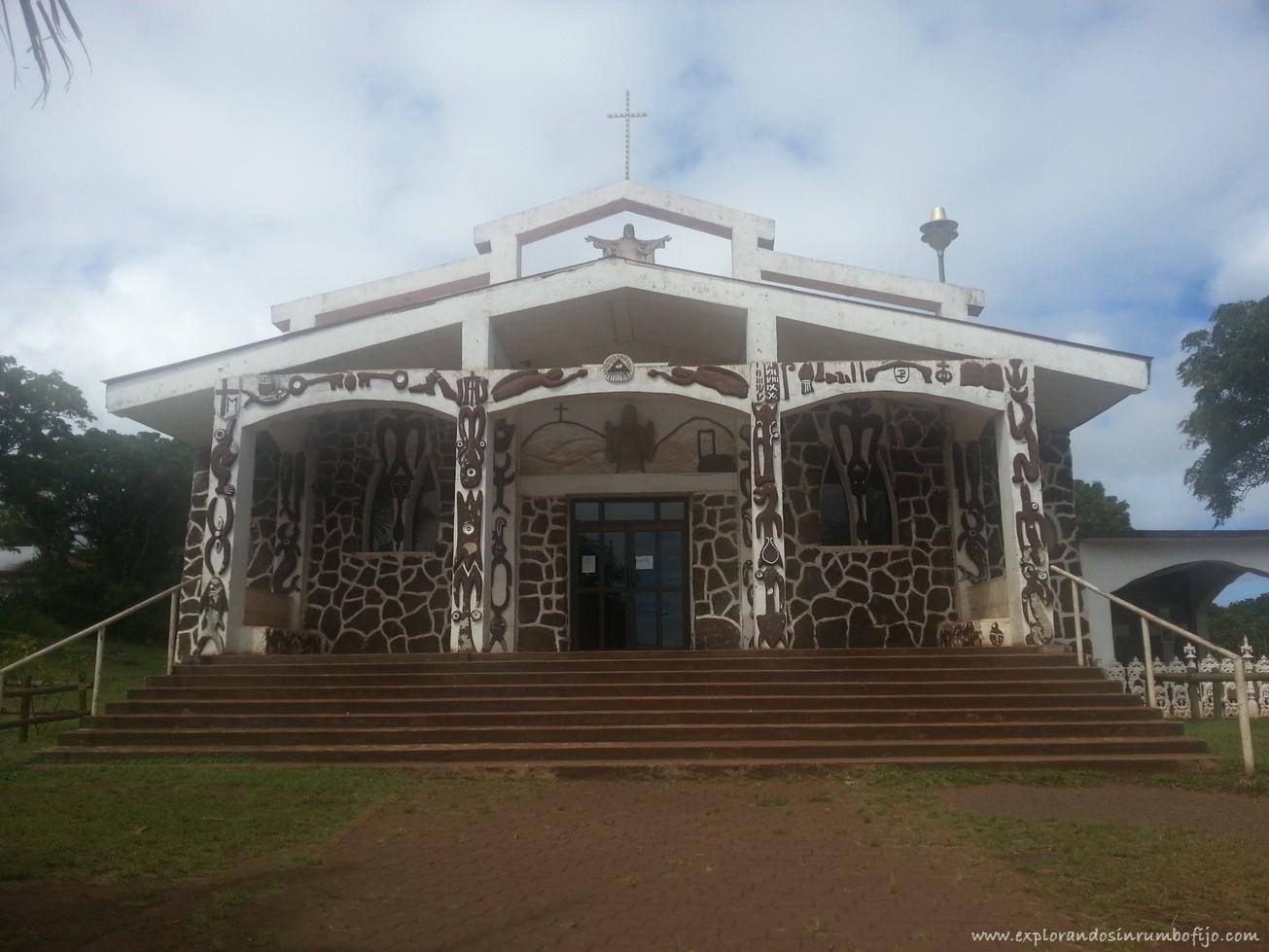 Iglesia Hanga Roa