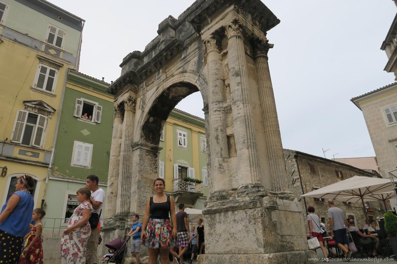 Arco de los Sergios Pula