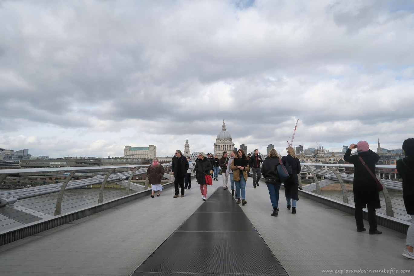 Millennium Bridge Londres