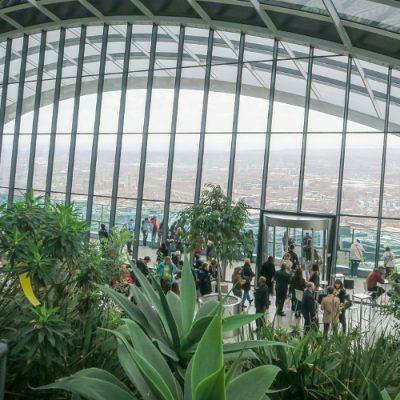 Subiendo al Sky Garden de Londres