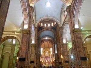 interior catedral cuenca ecuador