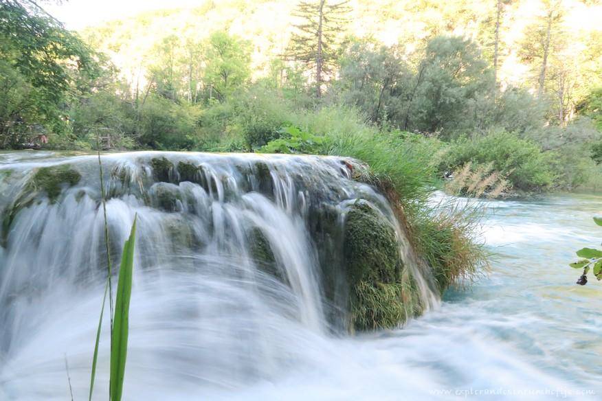 cascada plitvice lakes