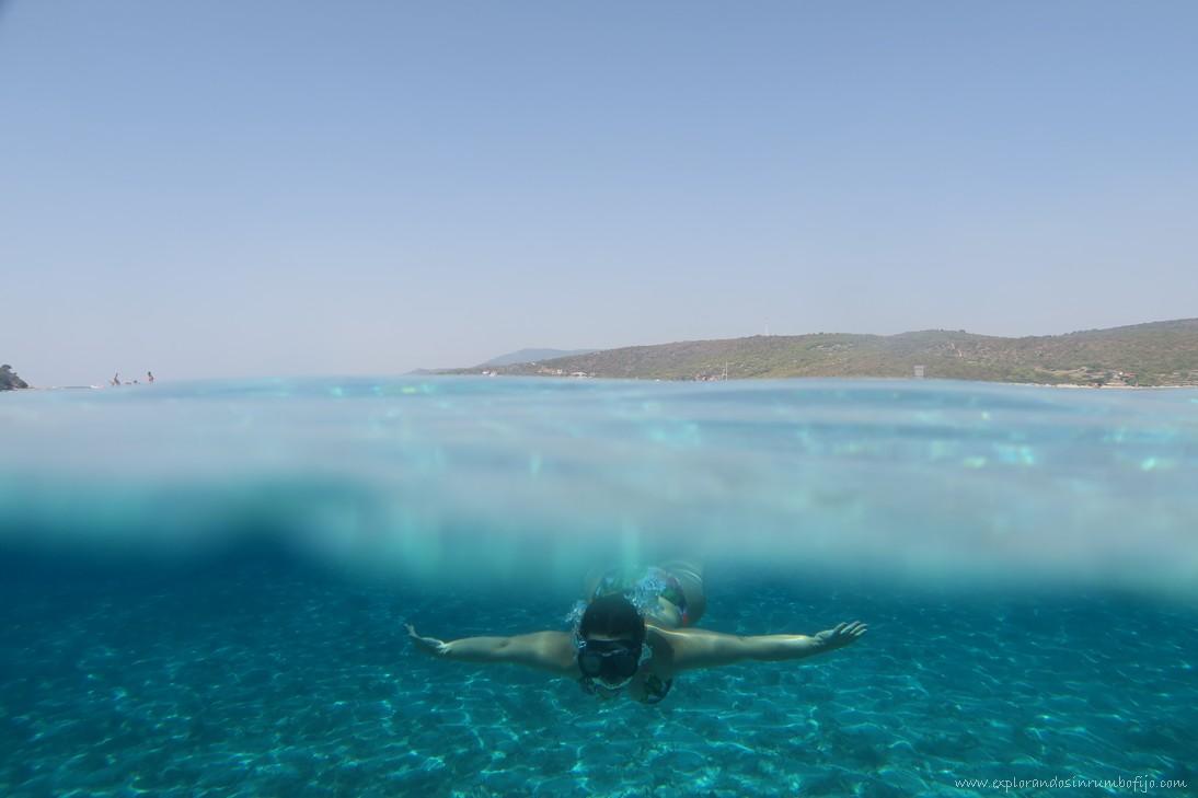 snorkel blue lagoon
